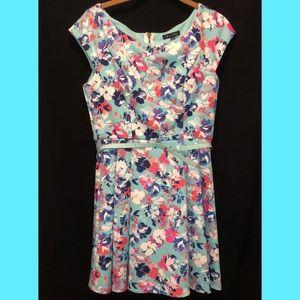 Juniors floral dress